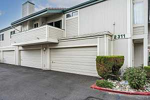 Browse active condo listings in Sparks East